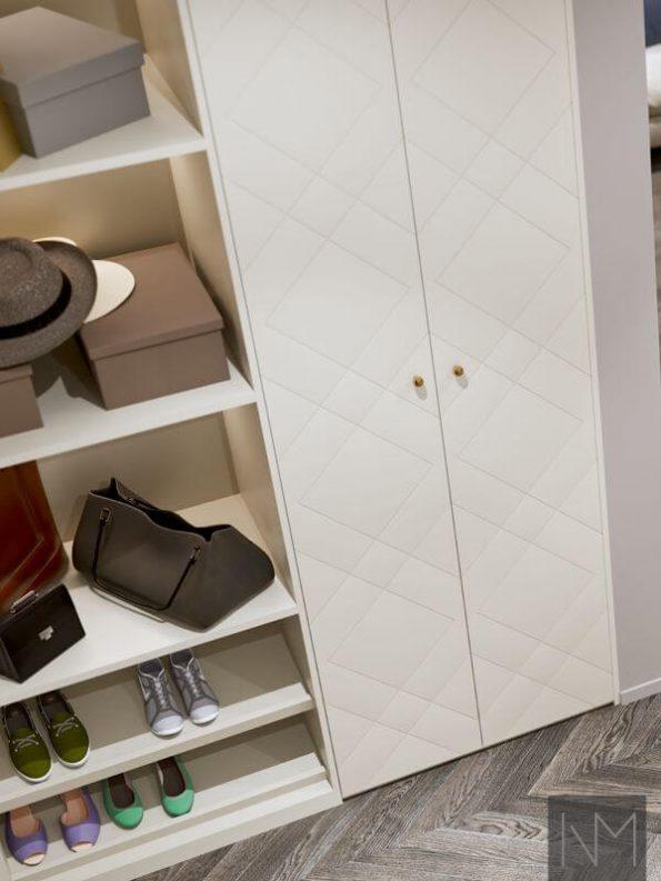 Garderobedører til PAX i design Diamond. Farge Jotun 12078 Comfort Grey